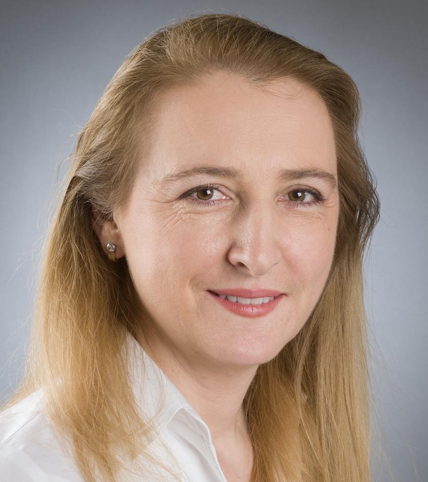 Angelika Hofer